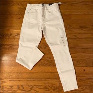 NWT GAP high Rise True Skinny Ankle Jeans.